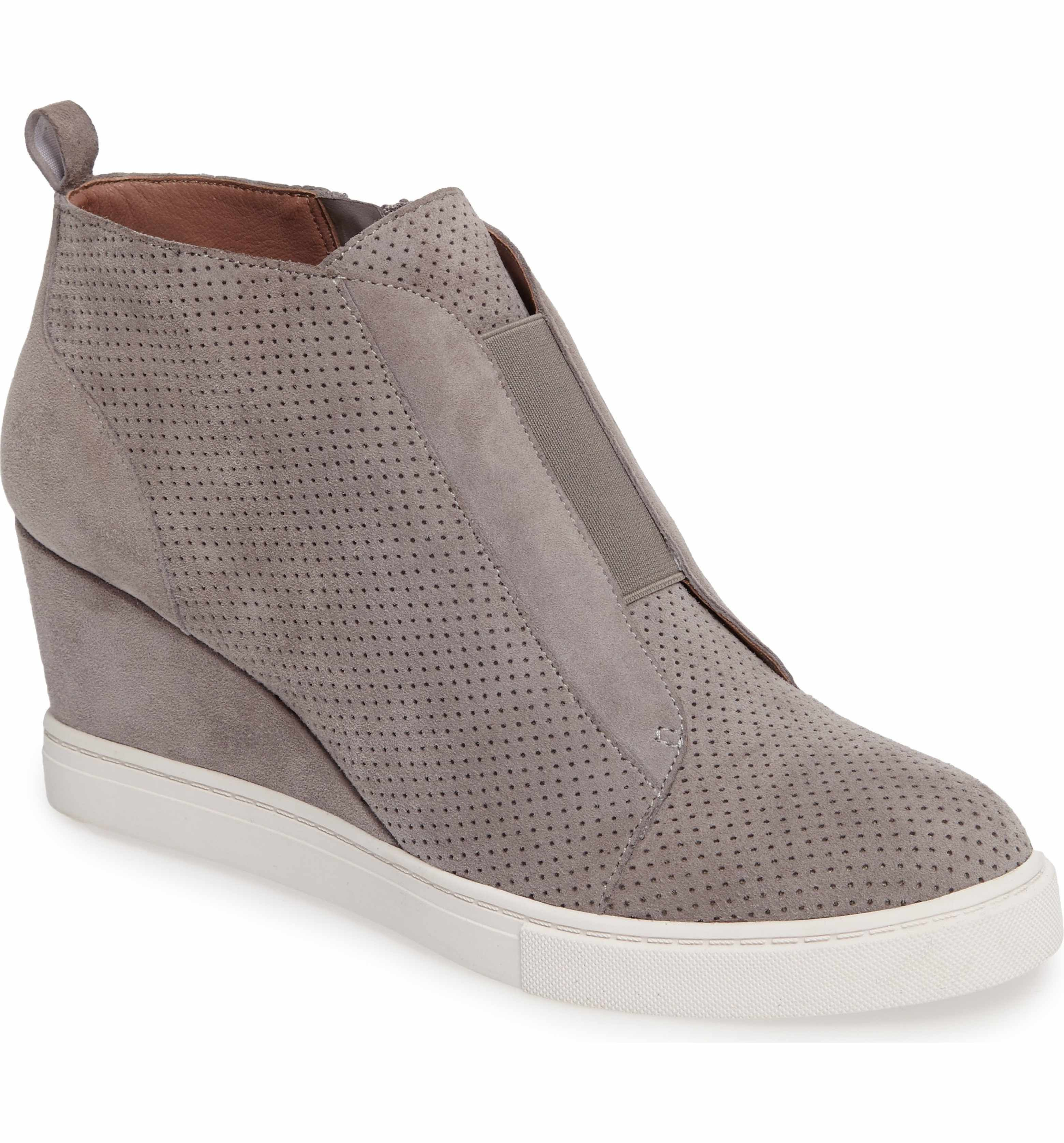 b3c2e43f7ba6 Nordstrom Linea Paolo  Felicia  Wedge Bootie in Rock Perf (size 6) -  119.95