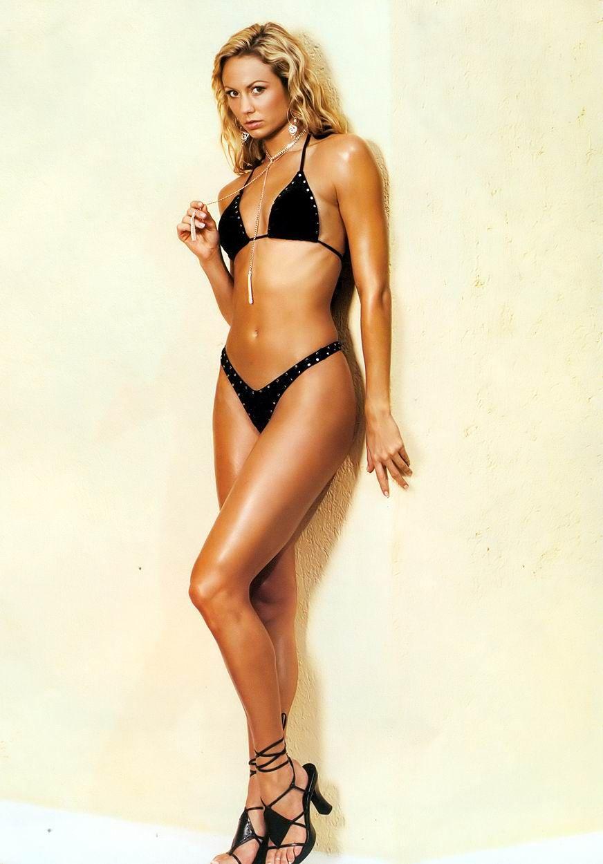 wrestling Cindy crawford bikini