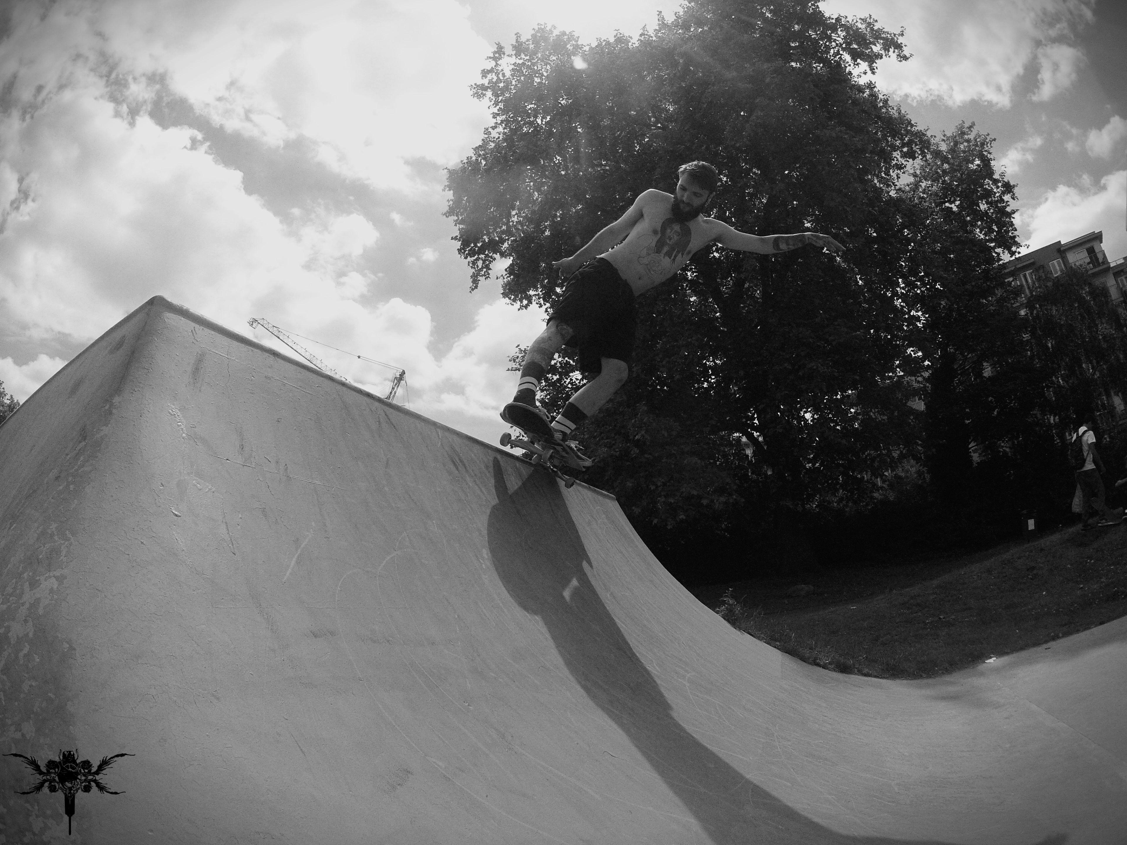 #skate #skateboard #smith #dark #fiend #fiendowned #wandleskatpark #wandle #skate #park #daniel #barreto #danielbarreto