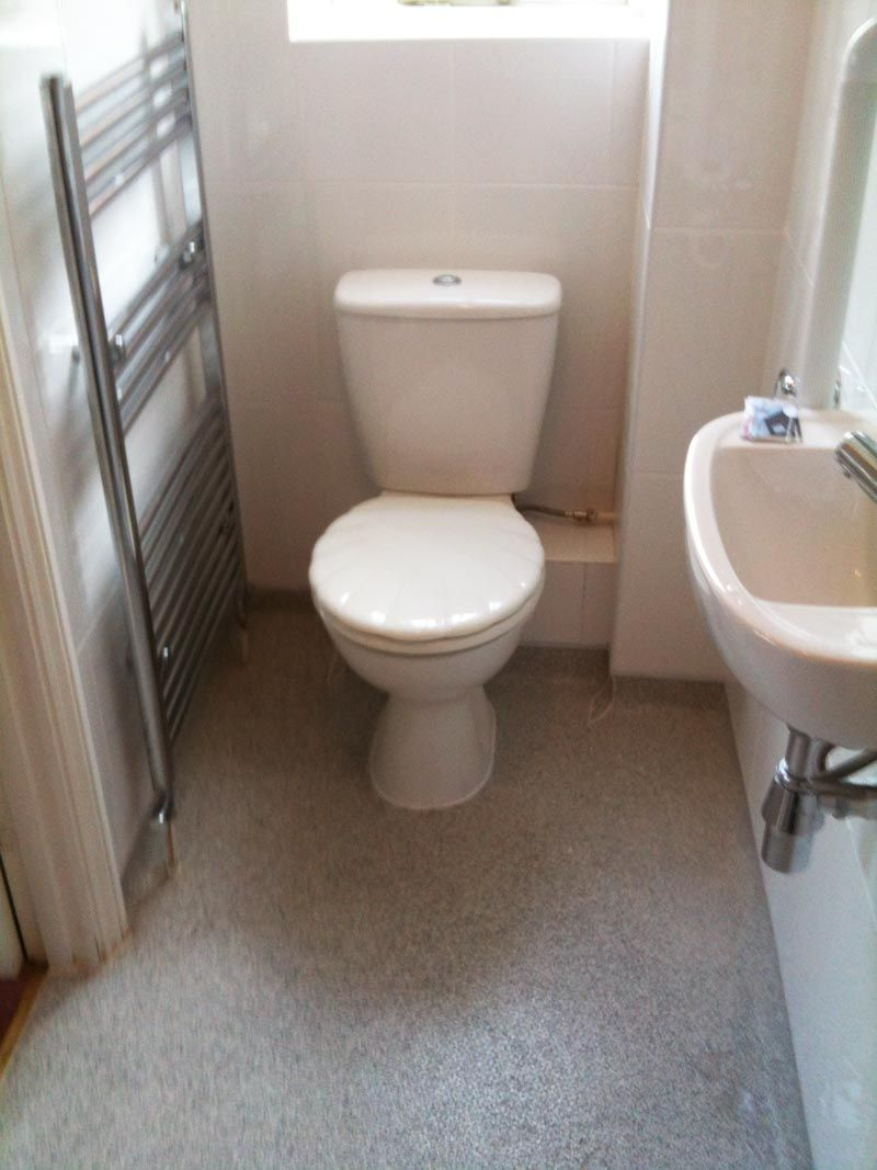 Idea small wet room wheelchairbathroomdesigns see more for What s a wet room