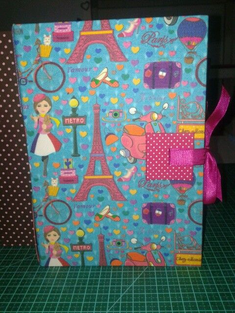 caderno torre e pink