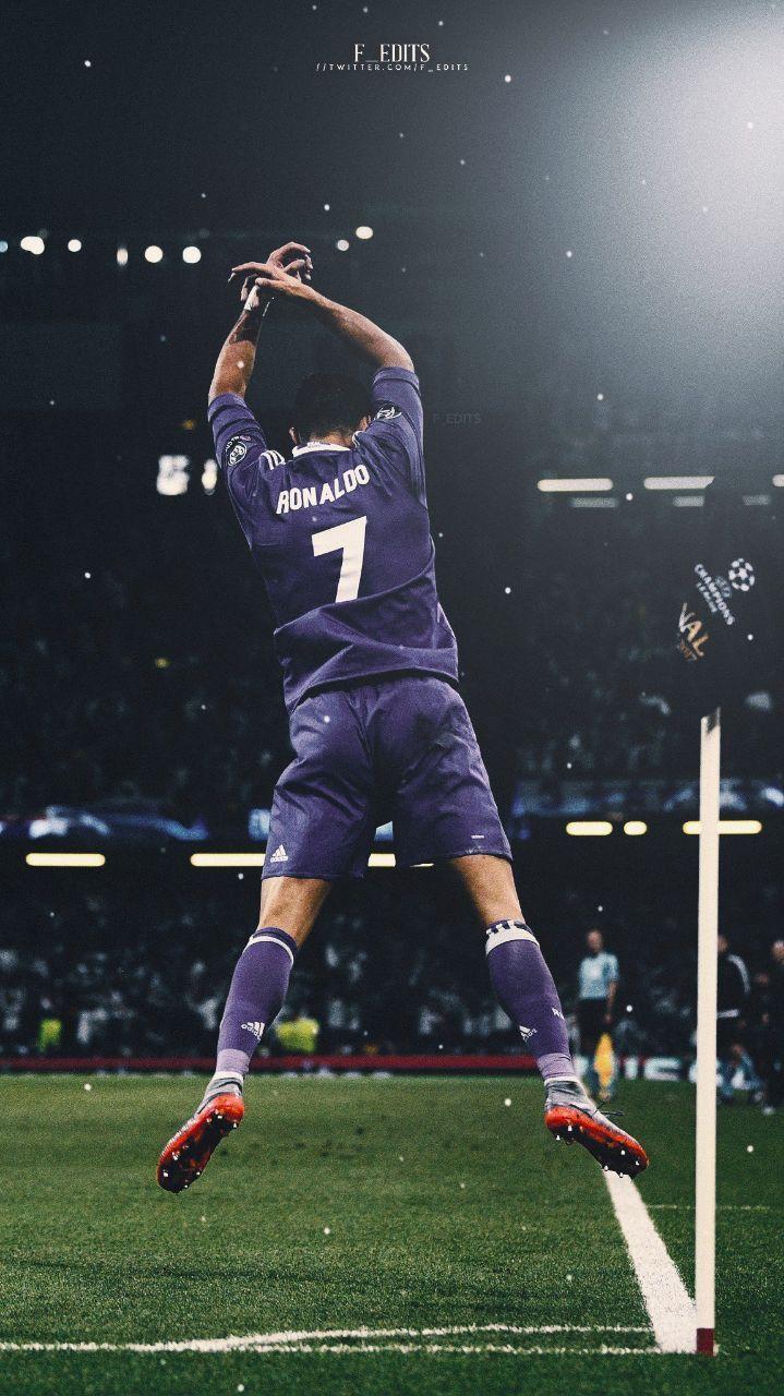 Pin By Sarah On My Photos Ronaldo Real Madrid Ronaldo Real Madrid Cristiano Ronaldo