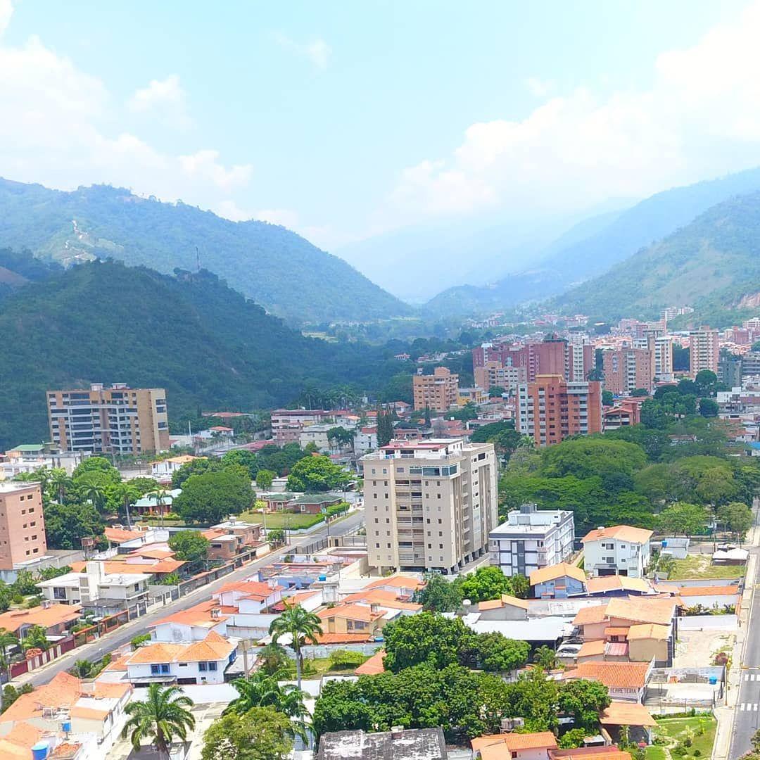 """DRONES VALERA ✡️ on Instagram: """"🌤️ VALERA♥️ La ciudad de las 7🌄 colinas🇻🇪 🌄 Espectaculares espacios en nuestra región andina 📍 Trujillo . . ¿Has visitado el hermoso…"""""""