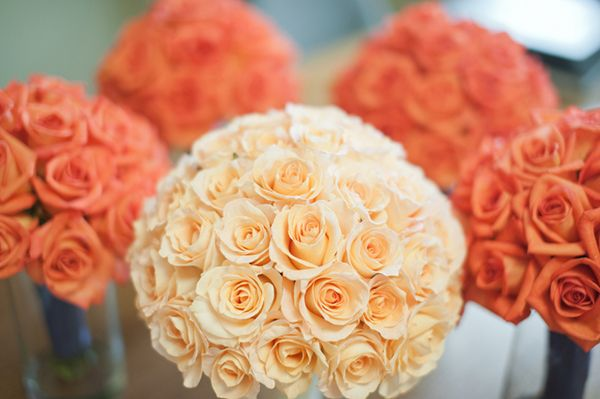 orange and cobalt California wedding, orange and peach rose bouquets