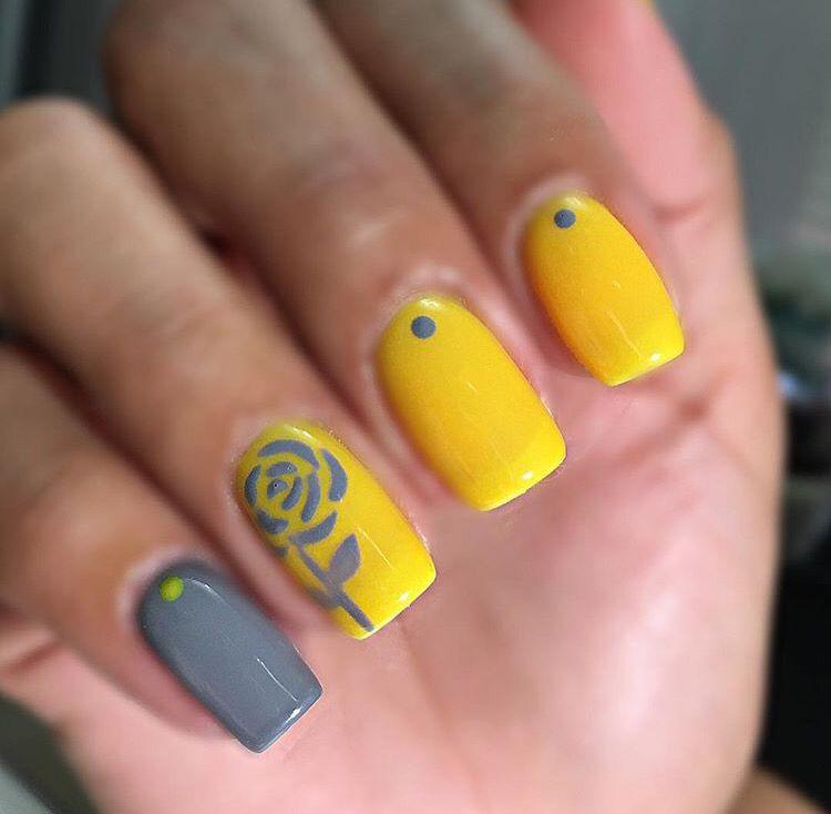 Grey And Yellow Yellow Nails Design Yellow Nails Grey Nail Designs