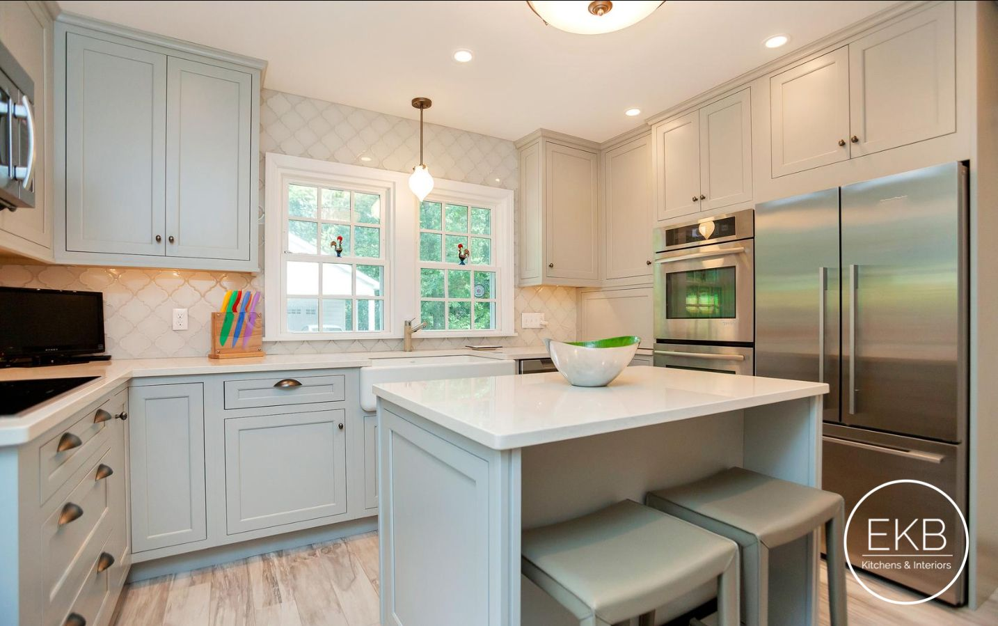 Benjamin Moore Silver Mist Inset Cabinets With Vortium Silestone Countertops In 2020 Beige Kitchen Installing Kitchen Cabinets Kitchen Design