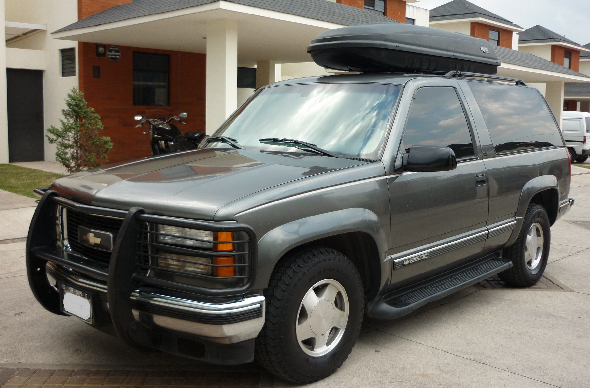 And this is my tahoe 99 2wd 5 7 silverado at latam