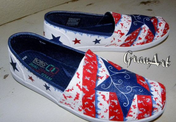 Considerar Entrelazamiento Sustancialmente  Blue Star BOBS Canvas Shoes, Women's Custom Shoes, Hand Painted Skechers  Bobs Shoes by GranArt | White canvas shoes, Canvas shoes women, Blue shoes