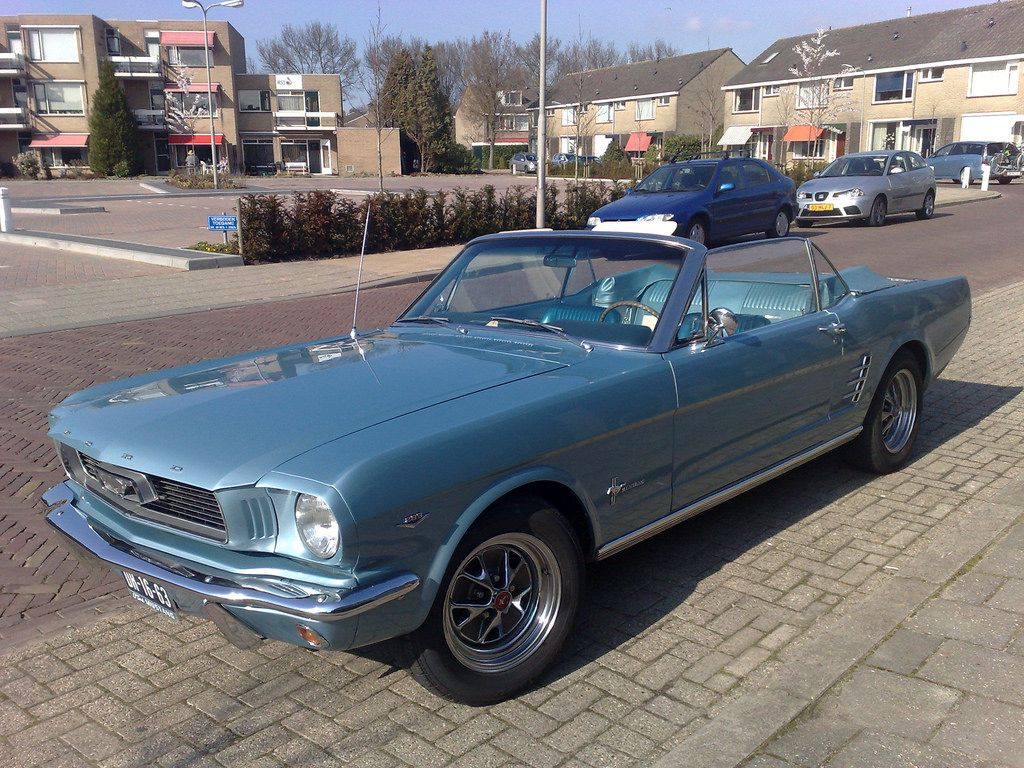 Gorgeous! #Mustang #convertible #autospot | by Arne Hulstein