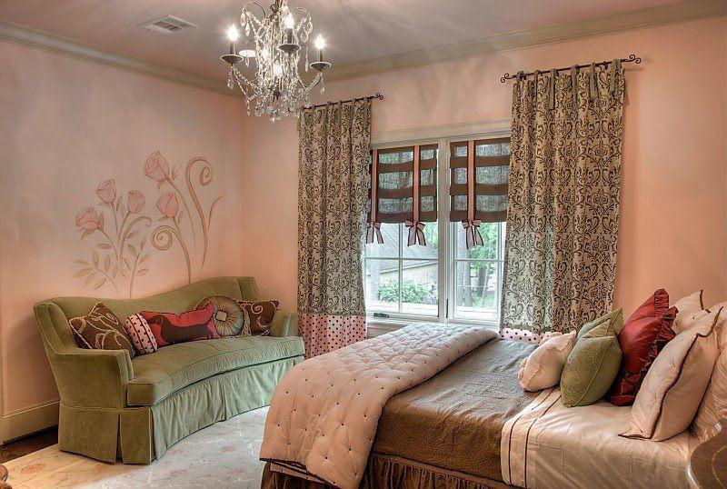 Colors for Lyssa's room.  So feminine.
