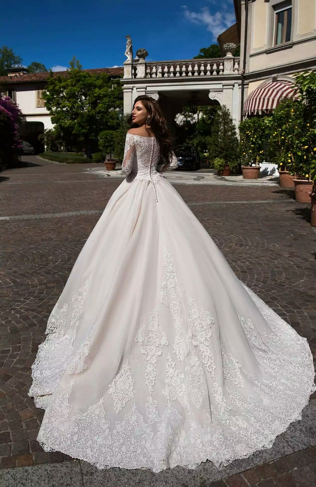 Nice dresses for wedding  Pin by Susan Beach on OMG  in   Pinterest  Wedding dress