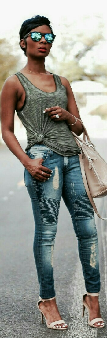 Tank- Express | Jeans- Urban Stiles | Shoes- Kohl's, Alternative | Tote- Express / Young at Style