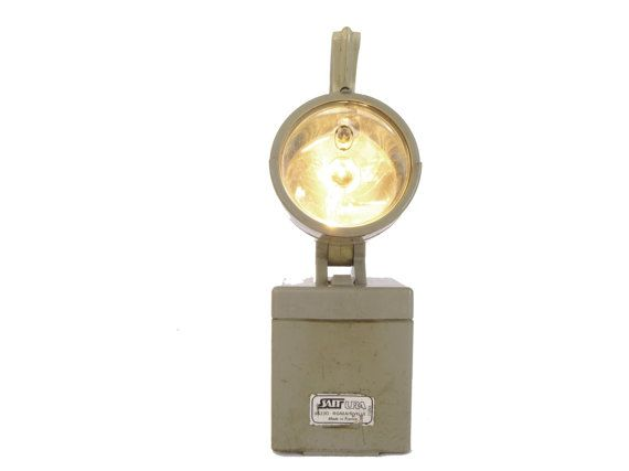 Lampe Baladeuse Industrielle Vintage Orientable Et Clignotante Industriel Vintage Lamp Vintage