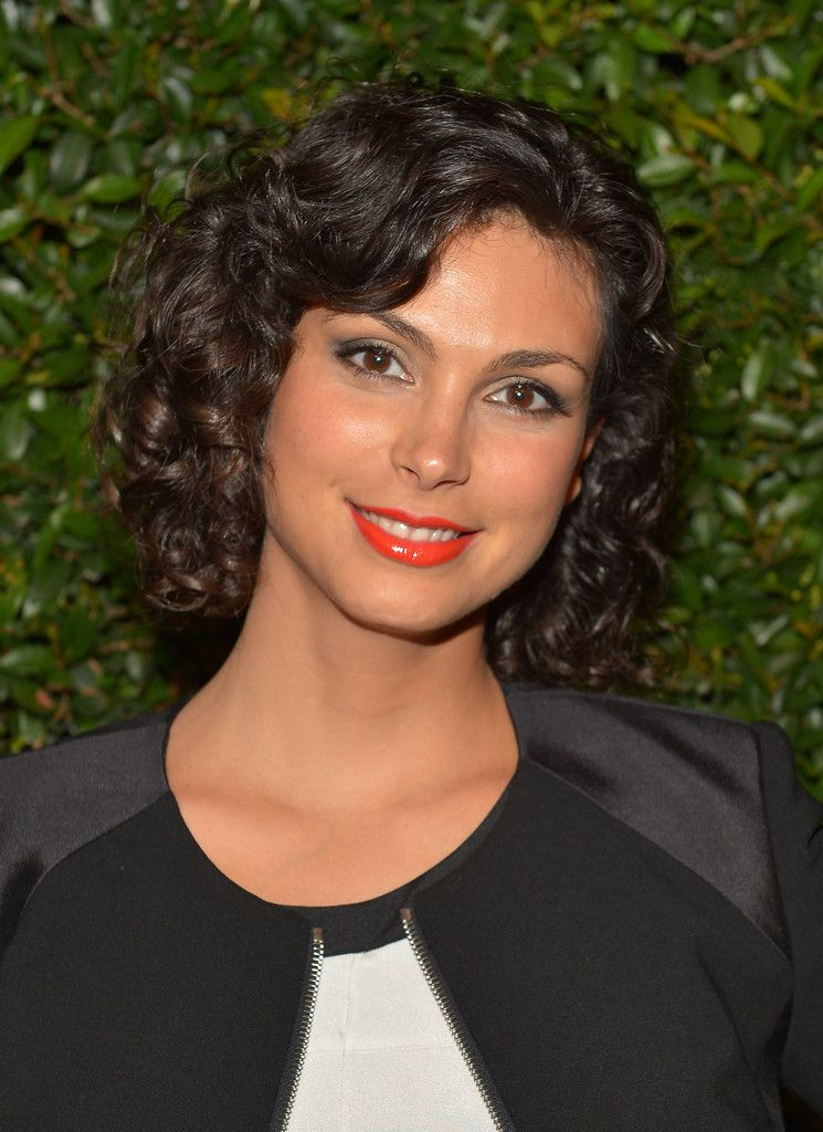 Morena Baccarin Short Curls Long And Short Curly Hair Pinterest