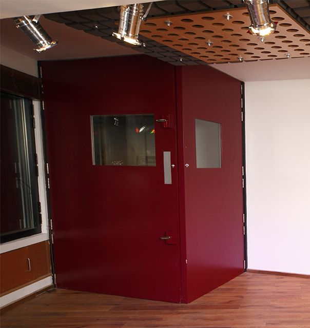 FOLDING VOCAL BOOTH. This design was created for Sade