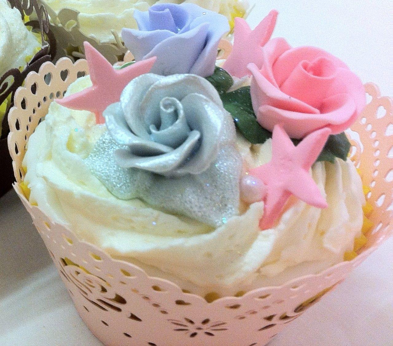 Luxury flower gluten free cupcake gluten free cupcakes