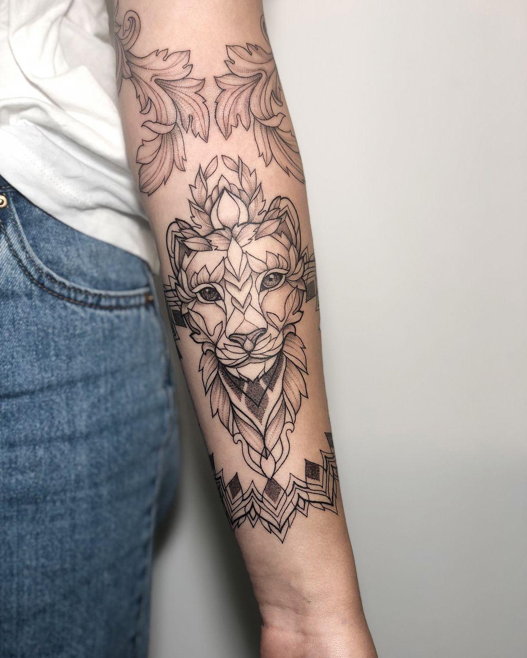 Irainkers Tattoo Linework Dotwork Wipshading Animaltattoo Cattattoo Tatowierungen Tattoo Ideen Ideen