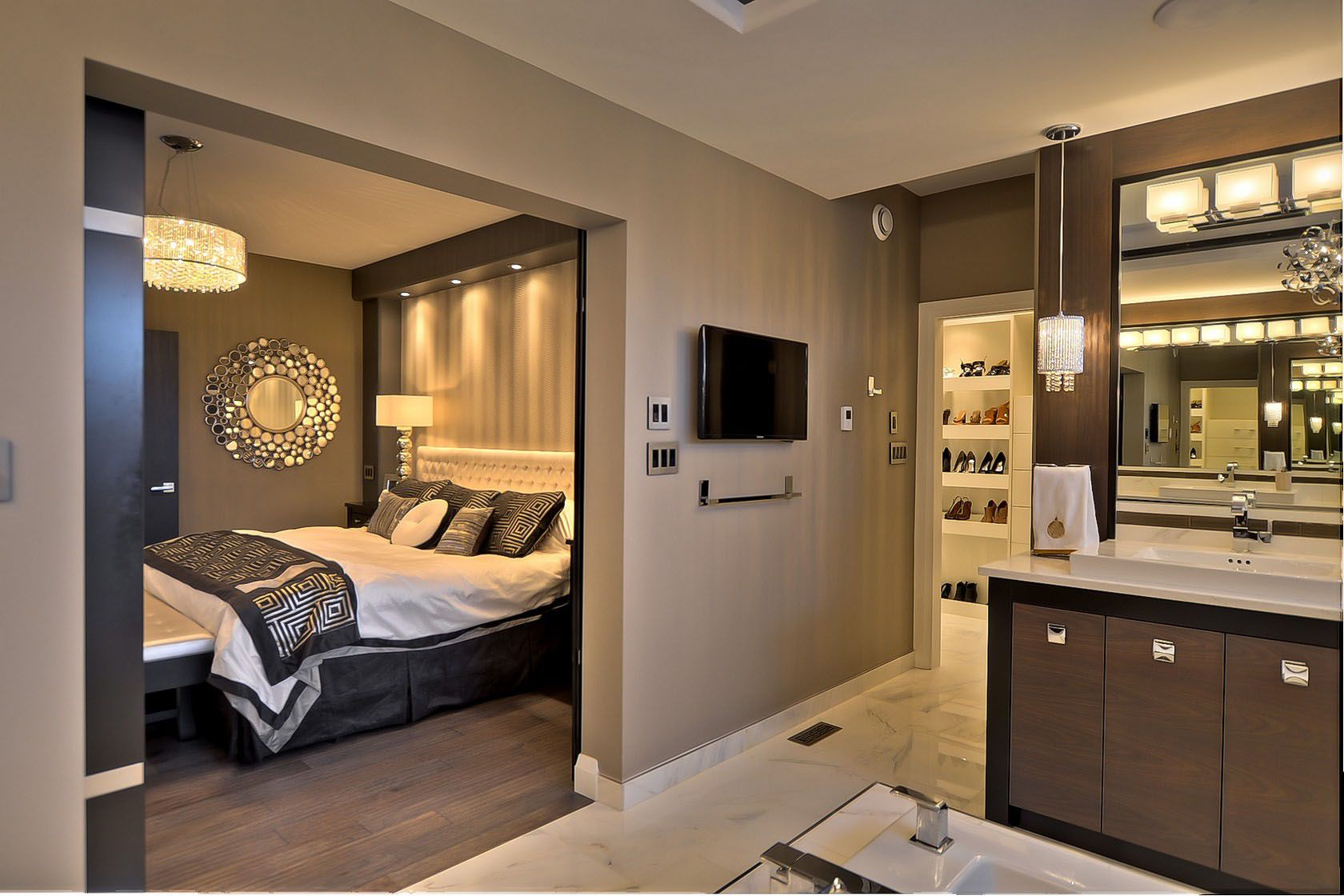 Creating A Luxurious Spacious Master Bedroom Is Something We All Dream Of The Beauty Of Having A Walk Through Walk I Home Master Bedrooms Decor Dream House Spacious and luxurious bedroom