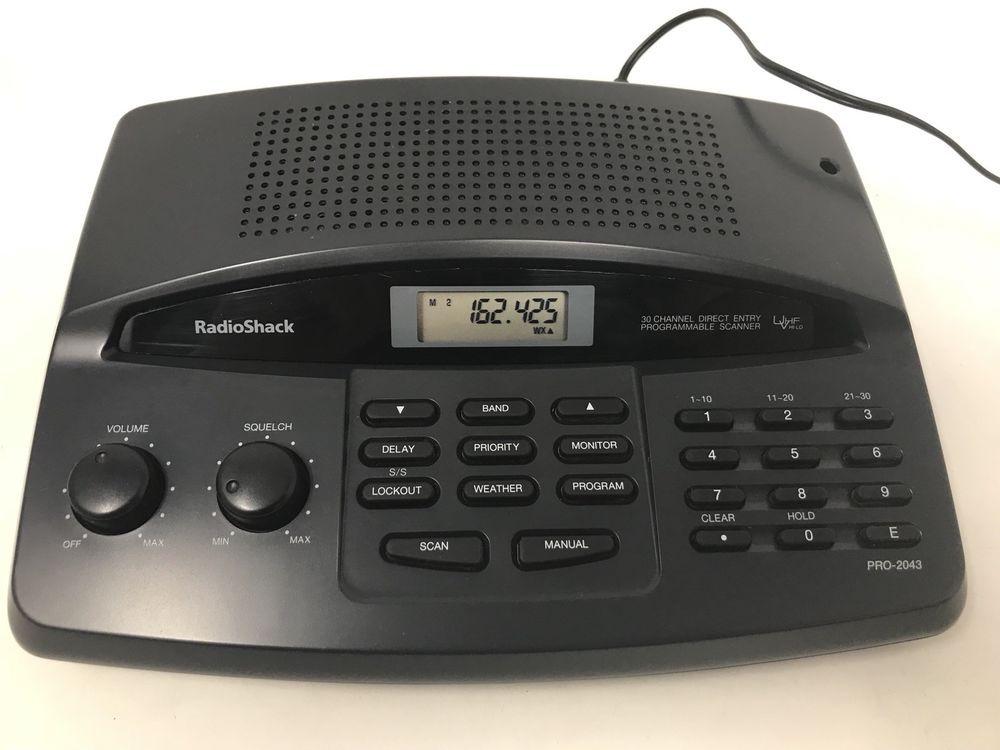 Radio Shack Pro 2043 30 Channel Programmable Scanner Police