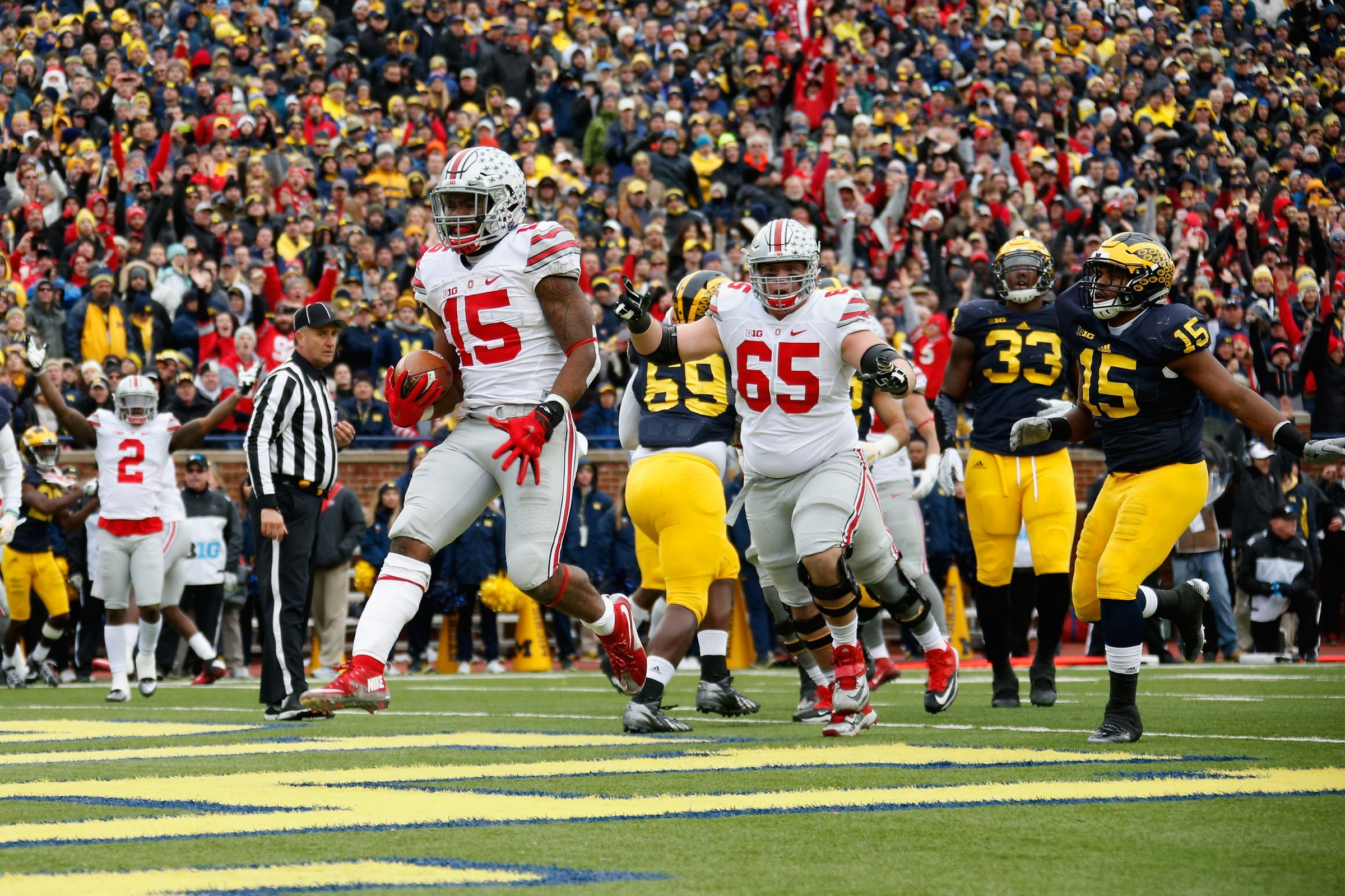 Instead Of Punishing Ezekiel Elliott Urban Meyer Let Him Tear Michigan Apart Ohio State Ohio State Vs Michigan Ezekiel Elliott