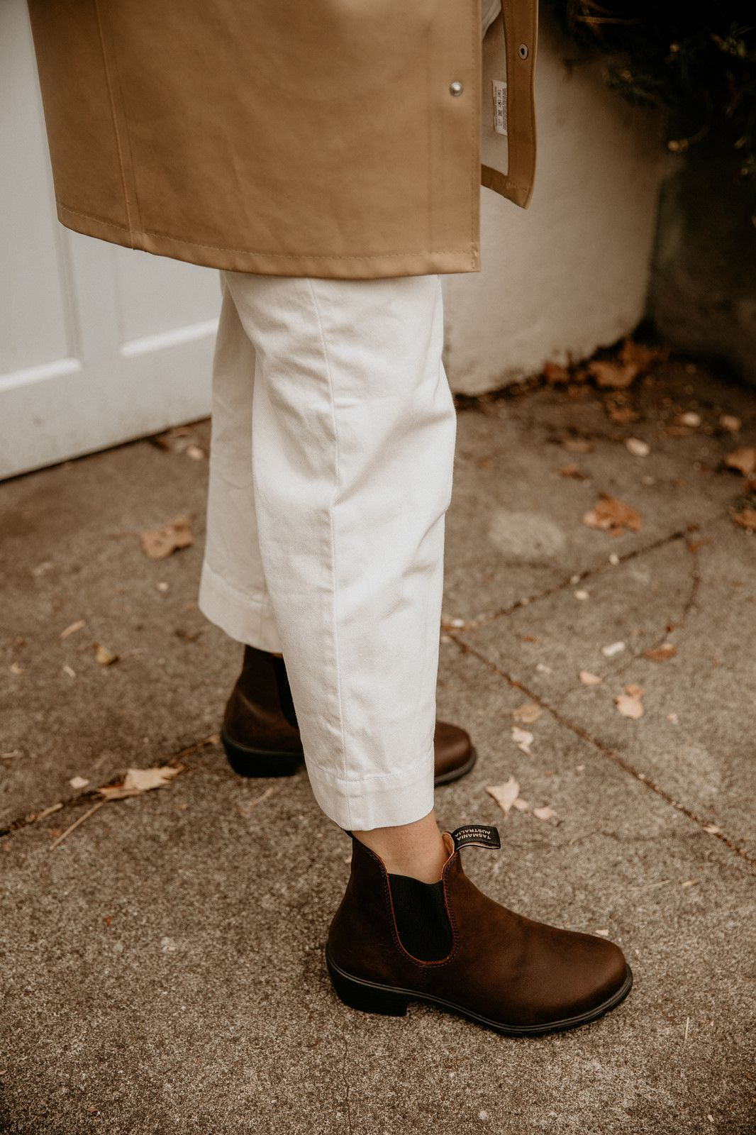 Two Ways to Style Blundstone\u0027s New Chelsea Boot! in 2020