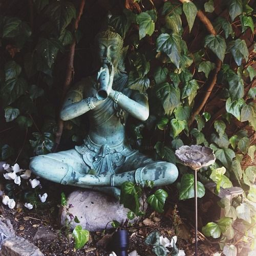 17 Lively Shabby Chic Garden Designs That Will Relax And: Nirvanic-shrines: Saepphire: Hippie Blog ॐ