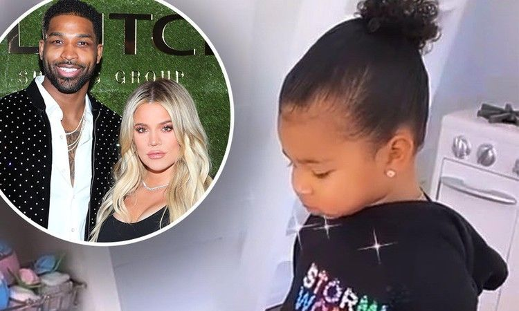 Khloe Kardashian plays house with daughter True during quarantine — Daily Mail #khloekardashianhouse Khloe Kardashian plays house with daughter True during quarantine