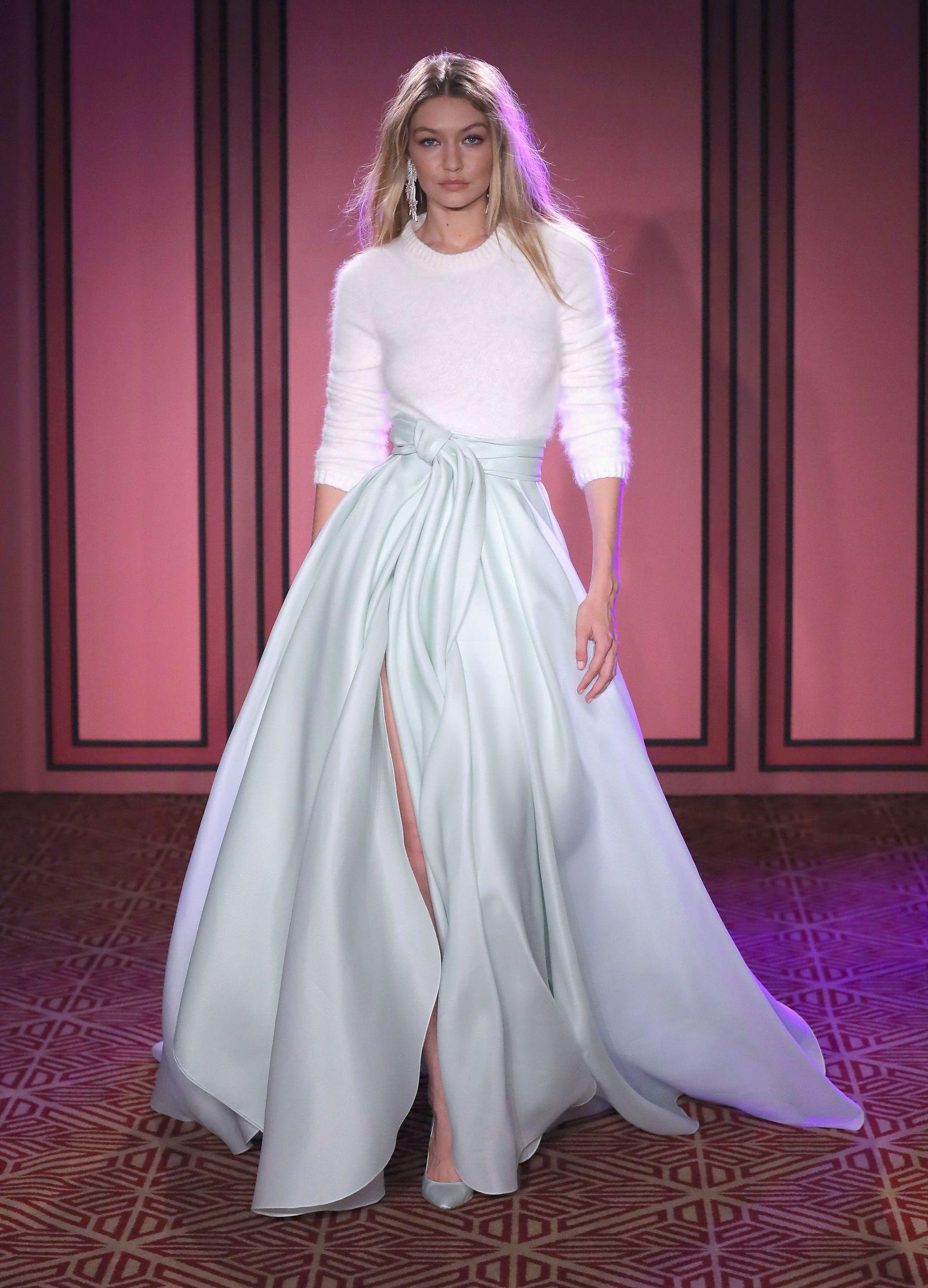 Gigi Hadid Watch Spring Summer 2018 All Her Runway Earances From Nyfw To Pfw