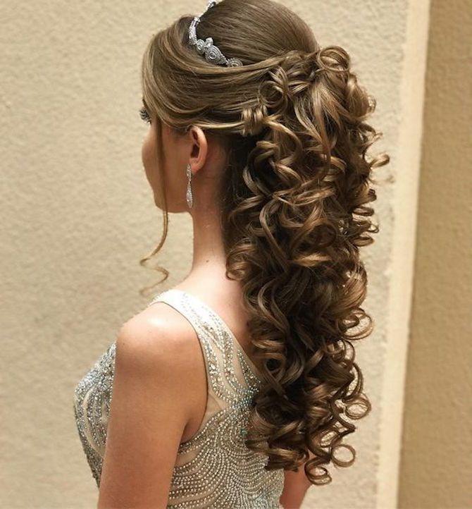 Penteados para formatura | Penteados, Penteado noiva ...