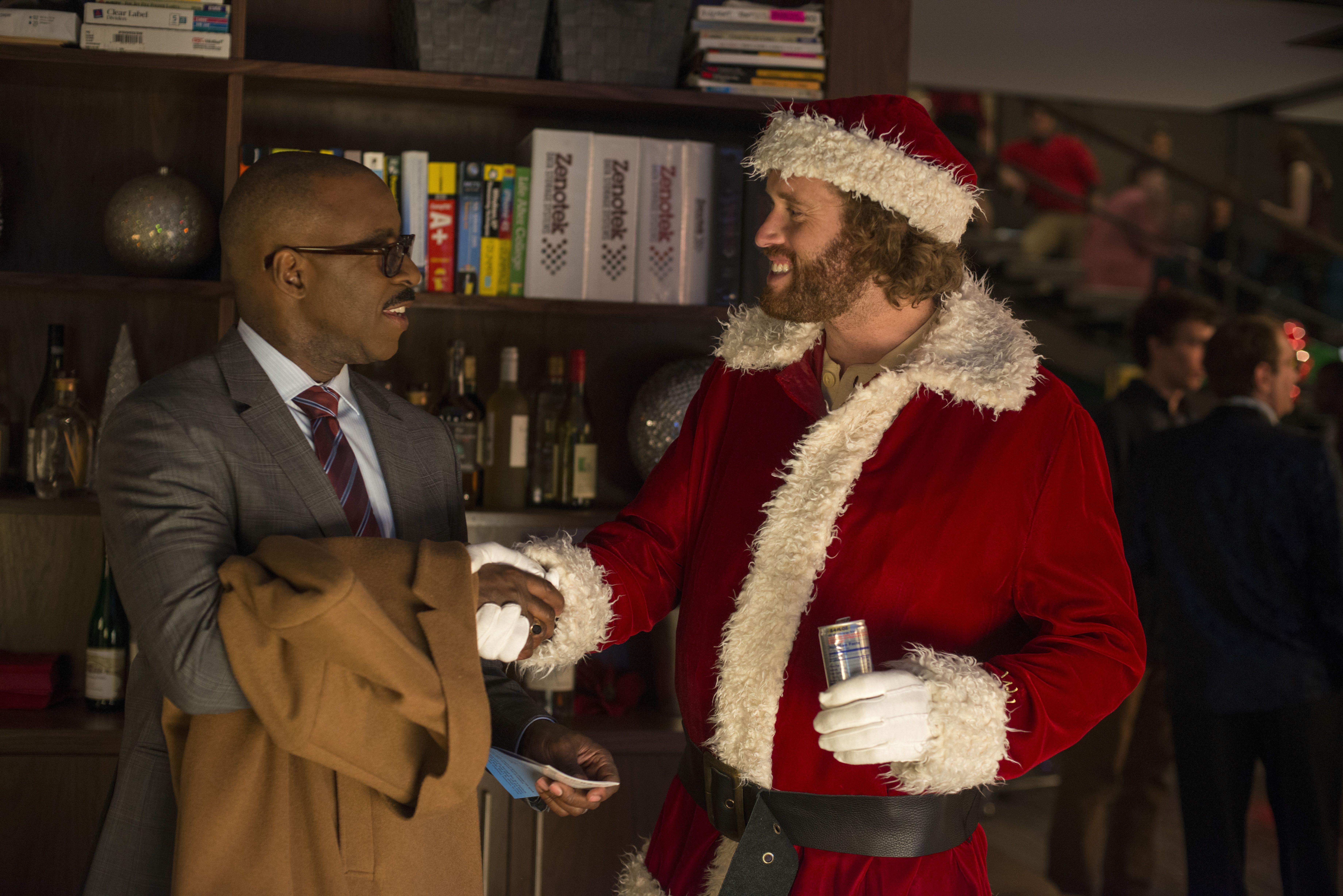 Friday Box Office: \'Office Christmas Party\' Wins; \'La La Land\' Gets ...