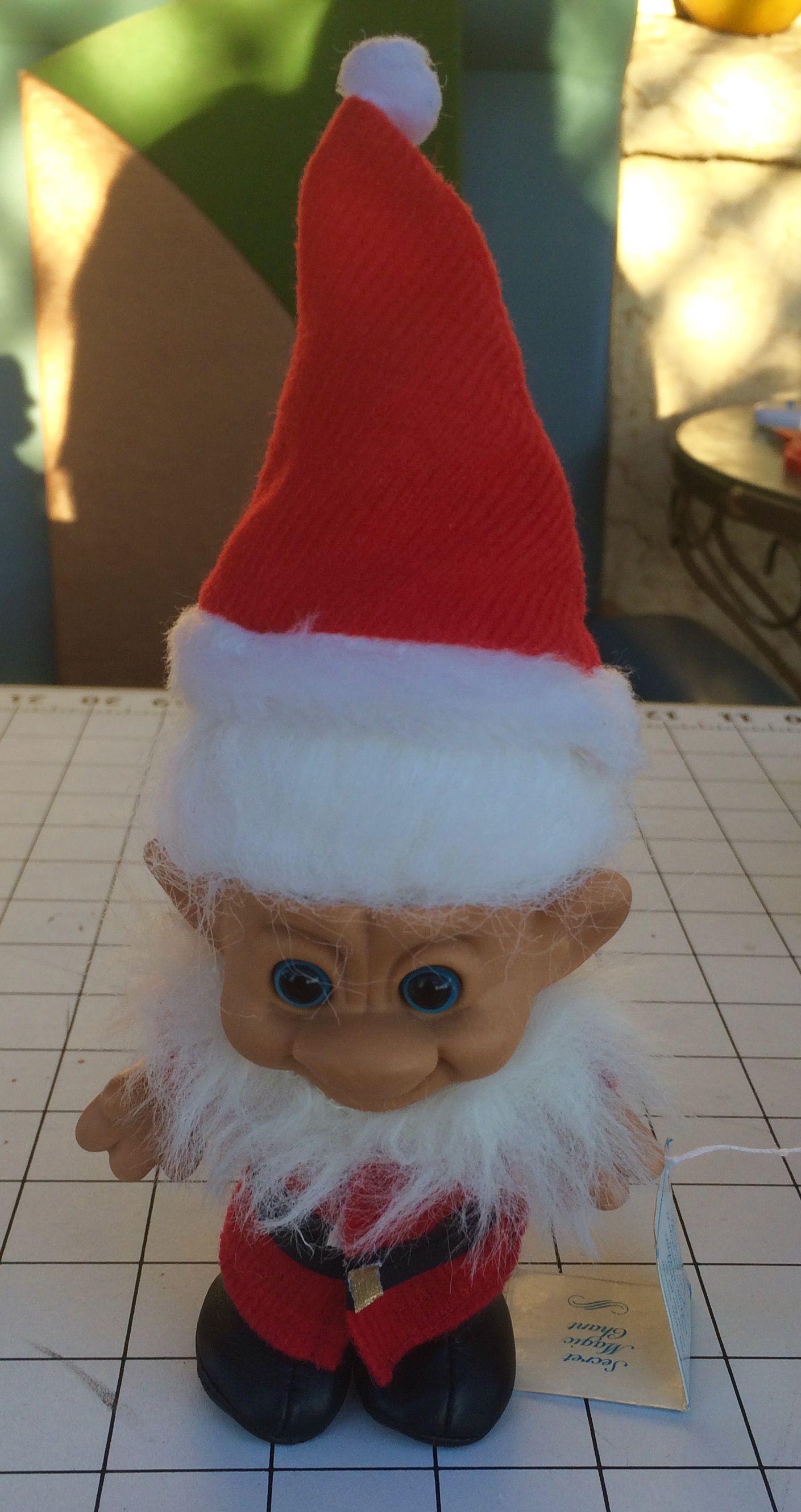 Santa Troll