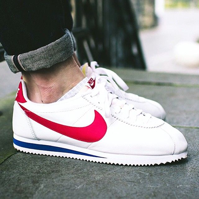 clearance nike cortez white on feet aa846 9c009