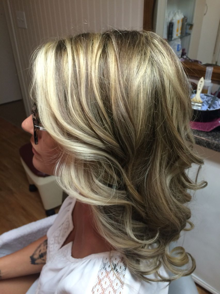 Blonde Highlights And Lowlights Blonde Highlights Fall Blonde Hair Highlights And Lowlights