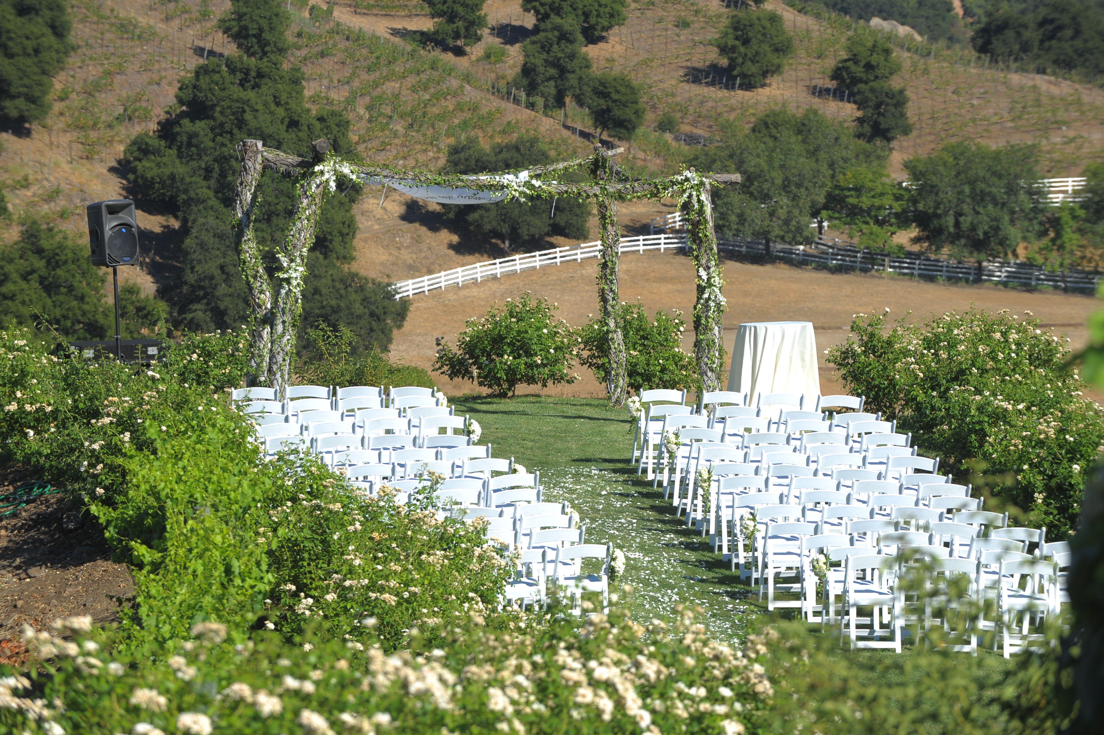 Saddlerock Ranch Wedding.Romantic Vineyard Weddings At Saddlerock Ranch Chateau Le Dome In