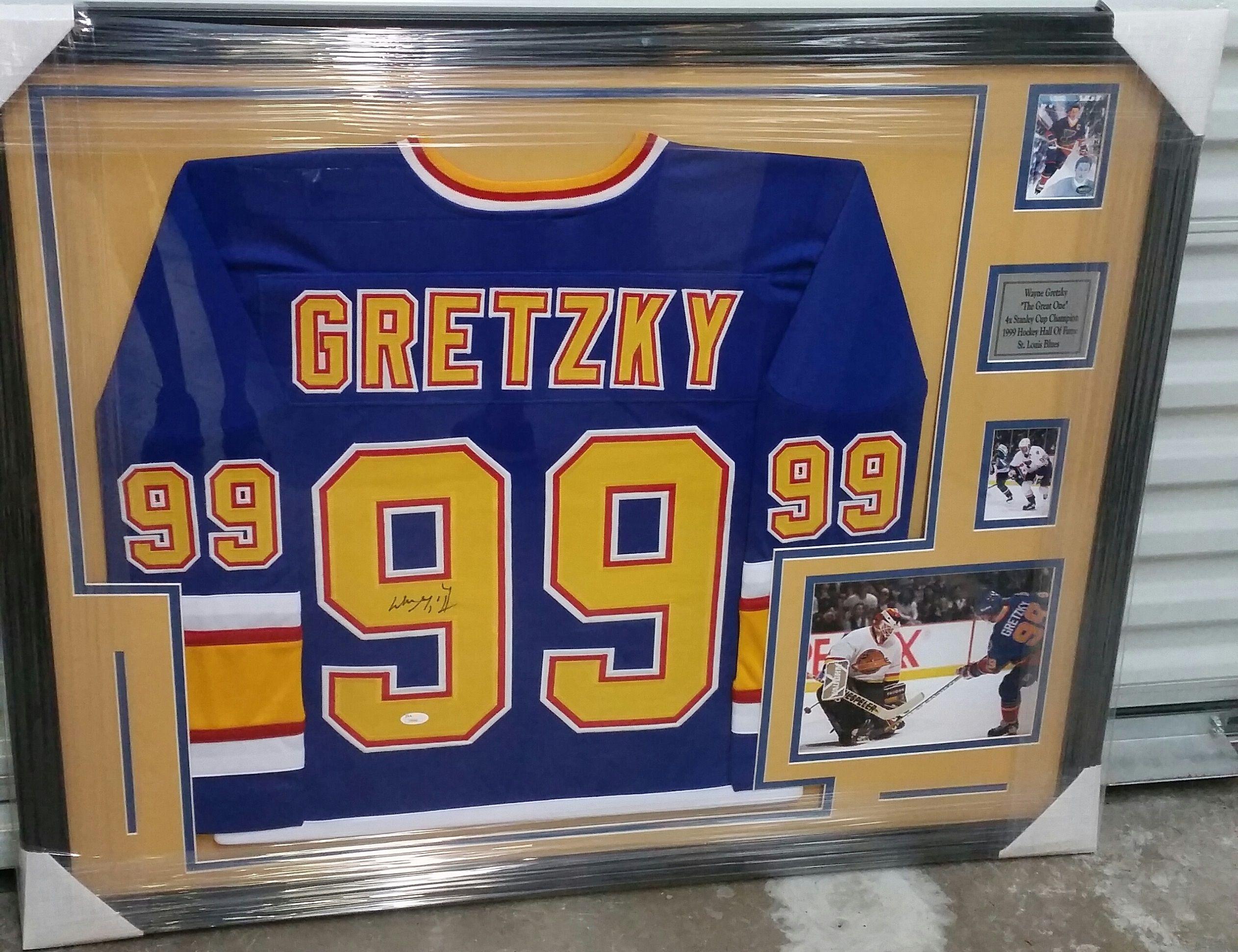 Framed jersey of  TheGreatOne in a  StLouis  Blues jersey!  GOAT  HOF   FramedJersey  JerseyFraming a488652f4