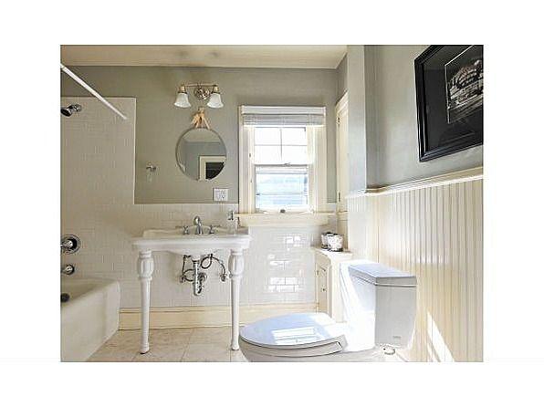 Fantastic Laurelhurst Bathroom