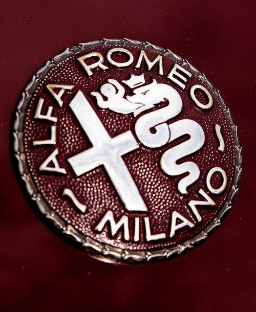 alfa romeo milano jpc just plain cool pinterest. Black Bedroom Furniture Sets. Home Design Ideas