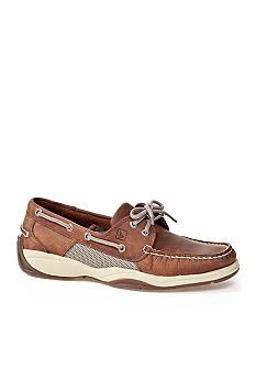 Boat shoes fashion