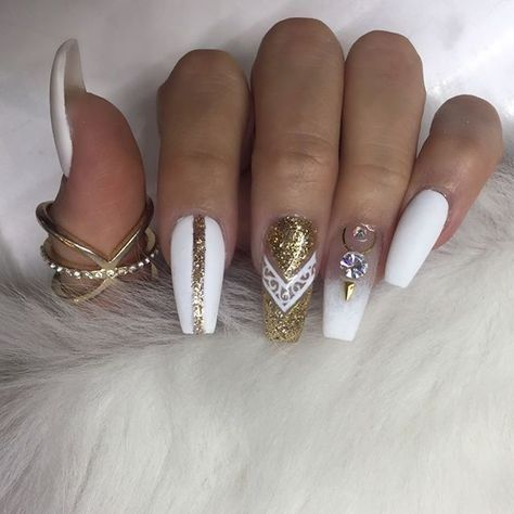 White Gold Diamond Nail Designs Diamond Nails Diamond Nail Art Design