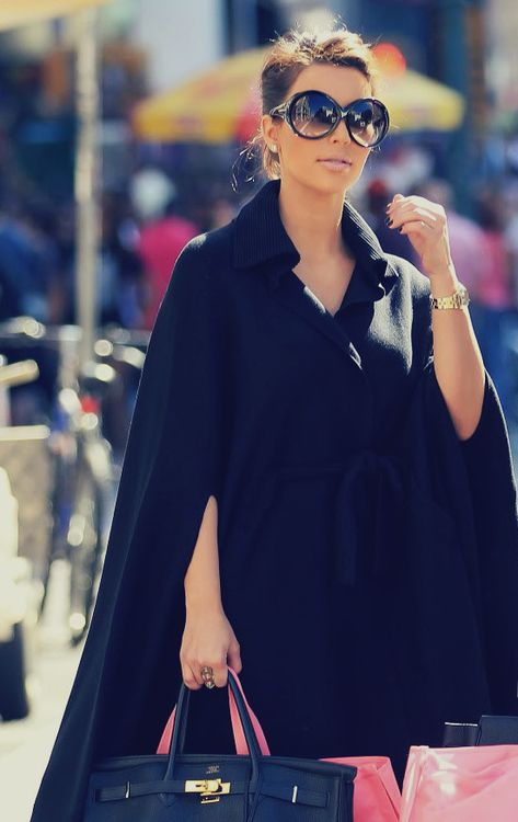 b842e9be333 Anyone who knows me knows I LOVE a good cape! | It's Fashion, Baby ...