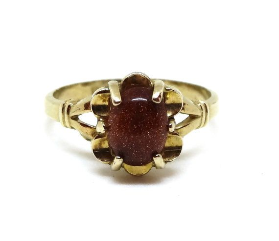 Vintage Goldstone Ring 10k Gold Filled Brick Orange Druzy With Gold Sparkles Victorian Style Vargas Makers Mark V In With Images Diamond Sizes Vintage Jewelry Gold Sparkle