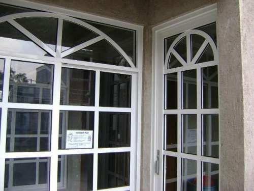 Instalacion de aluminio y vidrio canceles puertas for Puerta ventana de aluminio corrediza