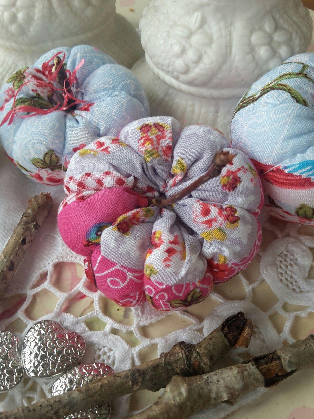 Dekorative Handmade Kürbise auf www.Flickenherz.de