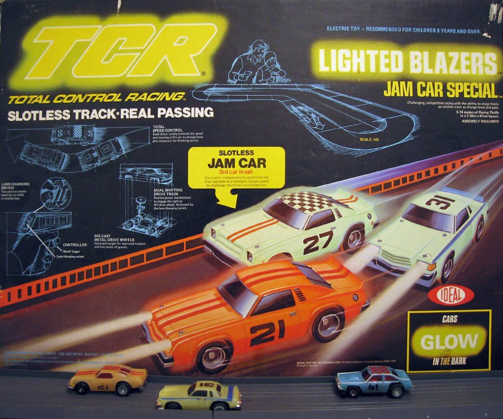 Amazon.com: Real FX Racing: Slotless Racetrack System ...