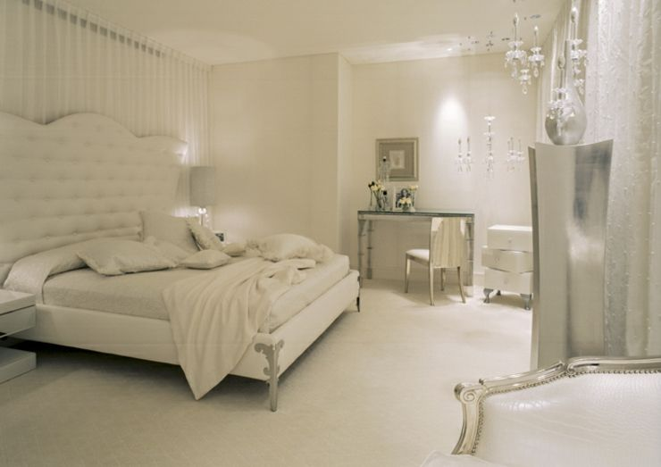 Luxueuse Chambre à Coucher En Blanc Cassé