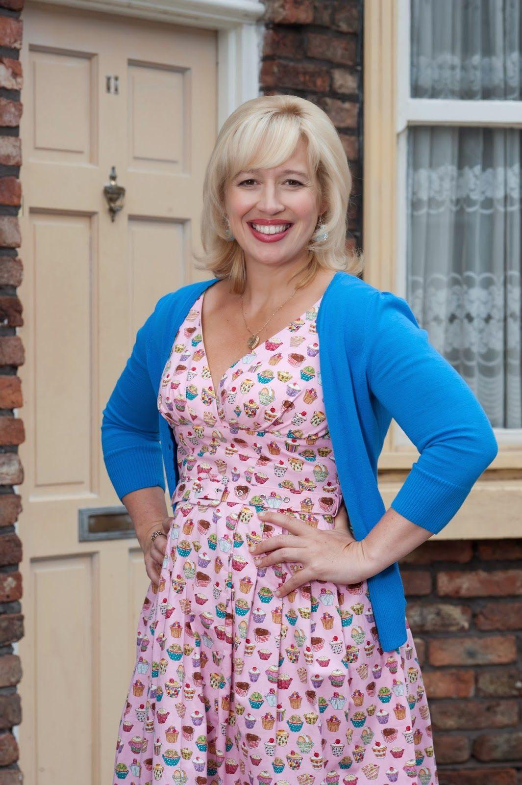Coronation Street Blog: Katy Cavanagh quits Corrie as Julie Carp