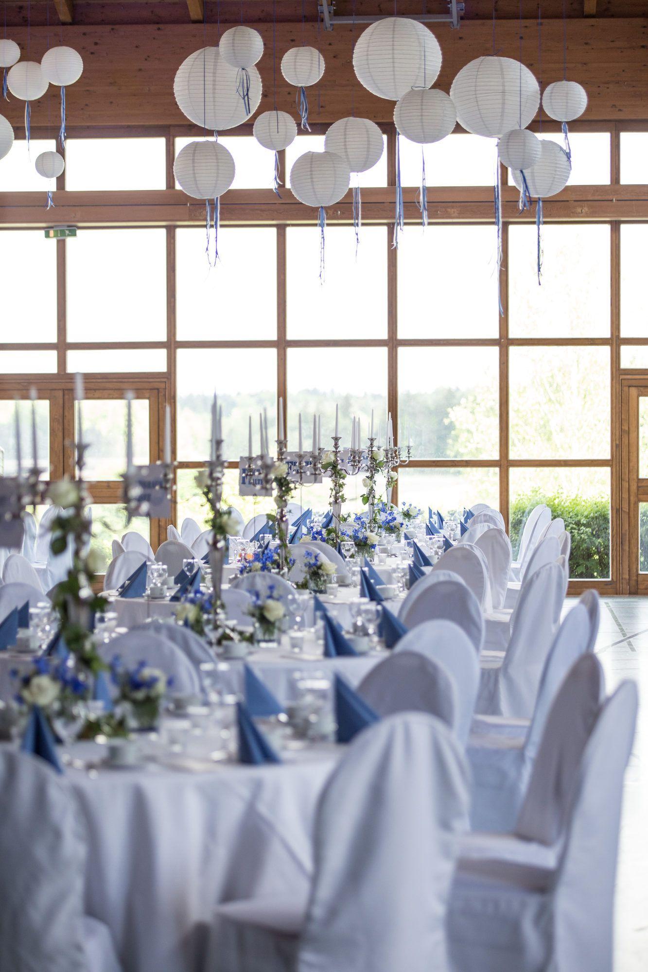 Feste Feiern Tegernsee Hochzeit Osterseen Iffeldorf Weiss Blau Grossansicht Halle Dekoration Hochzeit Blaue Hochzeit Tischdekoration Hochzeit