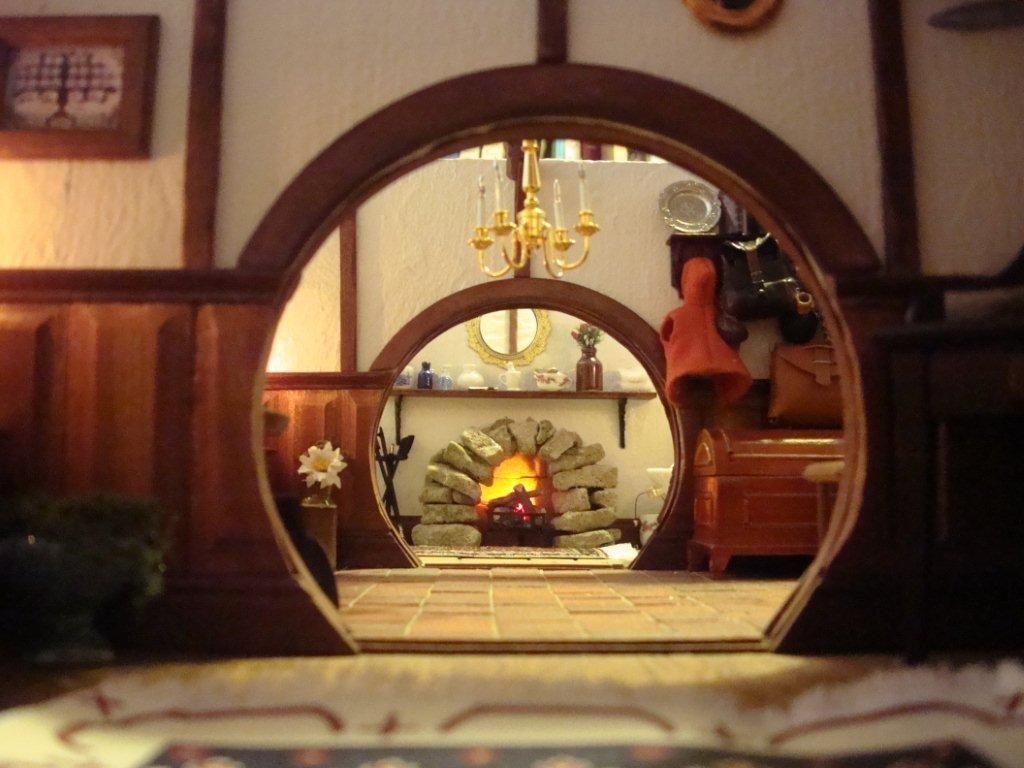 Maqueta de la casa de bilbo bols n elhobbit bilbo for Hobbit house drawings