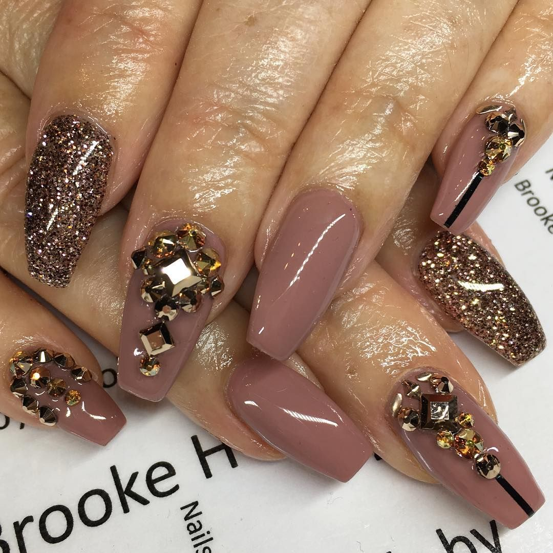 Nude, Gold Glitter + Crystal #Nails via Shimmyy (@shimmyy) on ...