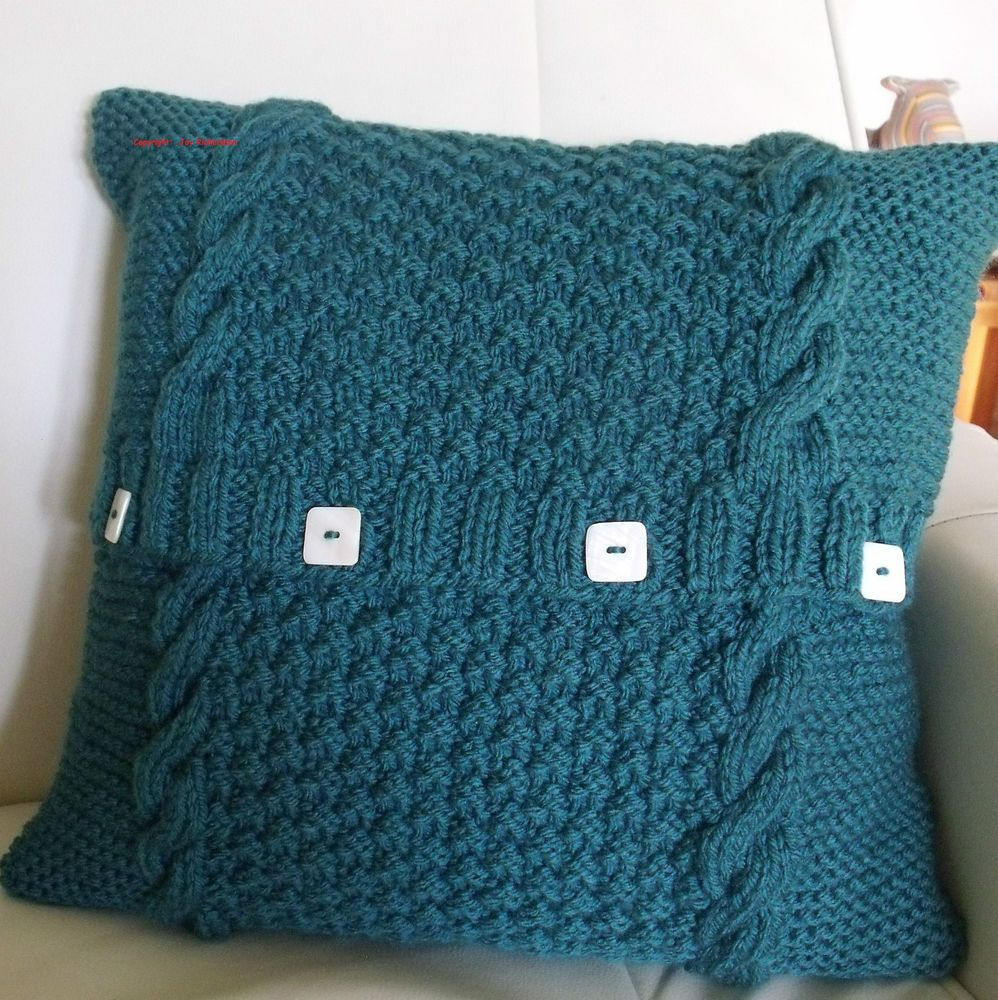 Chunky cable cushion cover - knitting pattern. exclusive design ...